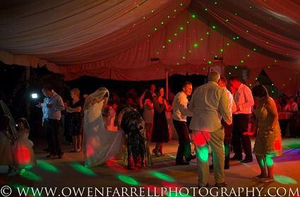 a wedding party marquee bates 425x280